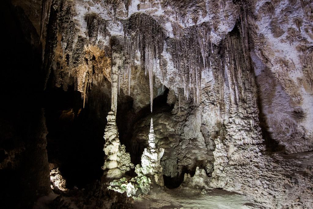 пещера Диктеон